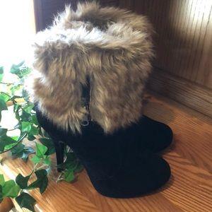 Faux Fur & Velvet Black Boot Sz 6 1/2